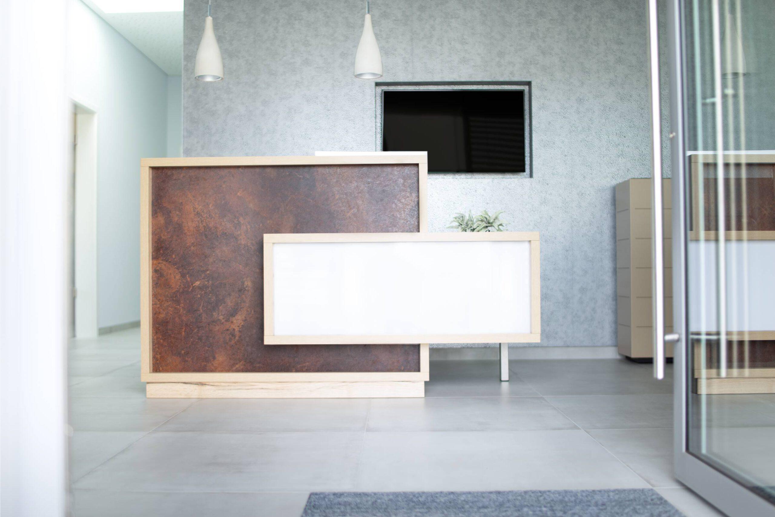 moebel-for-you.de Empfangsbereich individueller Design Tresen
